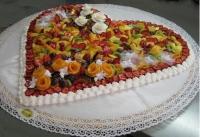 torta-frutta-cuore